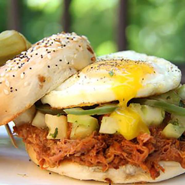 bbq-breakfast-bagel