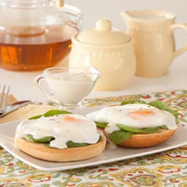 eggs-florentine-bagel