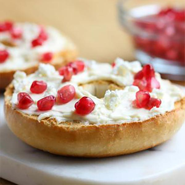 pomegranate-goat-cheese-bagel