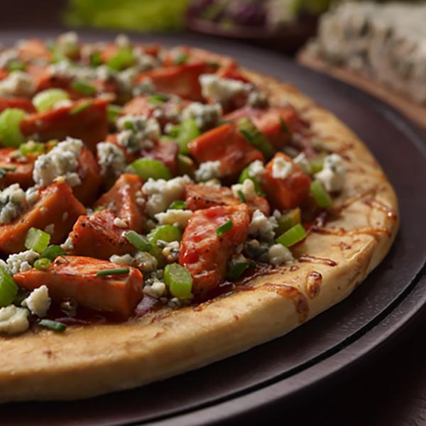 zesty-buffalo-chicken-pizza